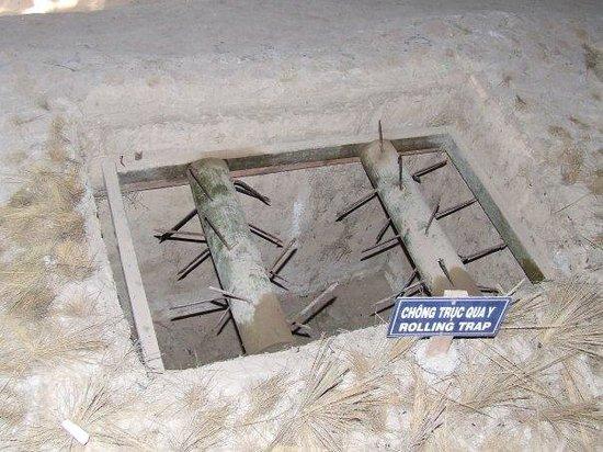 Cu Chi Tunnels: traps in cu chi