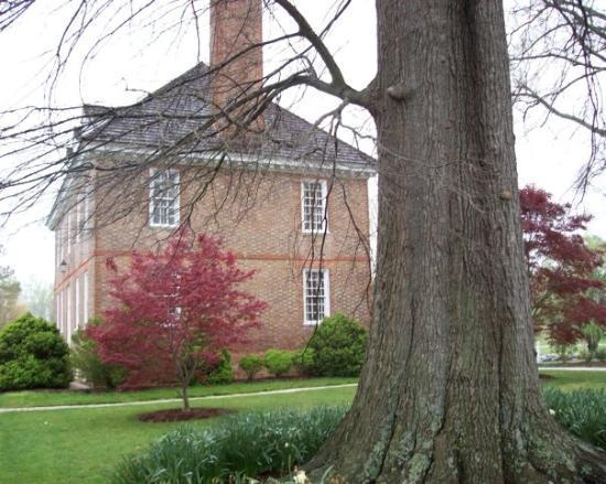 Colonial Williamsburg: Powhatten Resort