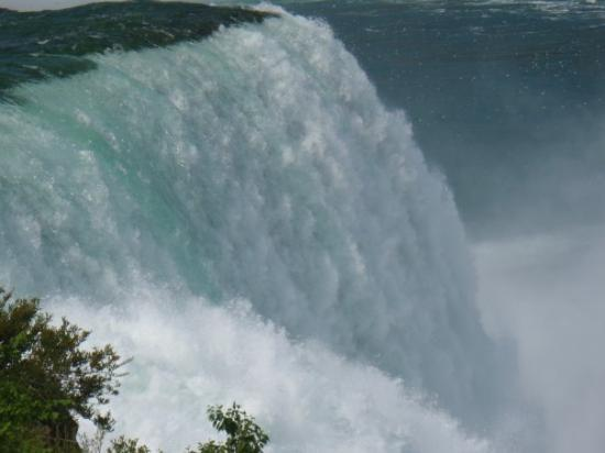 Niagara Falls State Park: Awesome Picture of the Falls