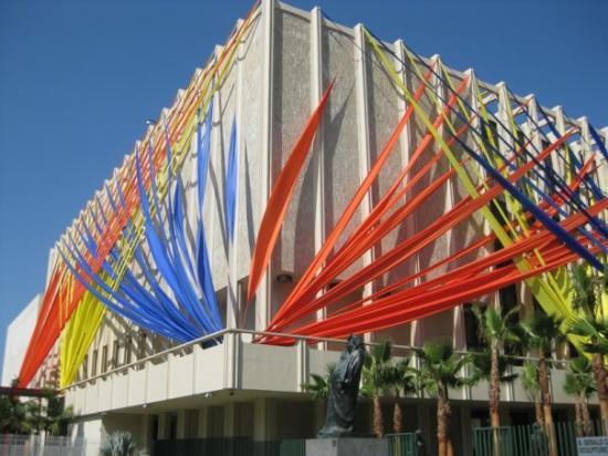 Los Angeles County Museum of Art: LA County Museum of Art, from the front.