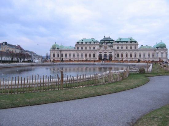 Belvedere Palace Museum: Belvedere2