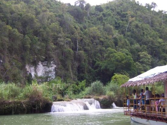 Loboc River Cruise: 2005 Bohol