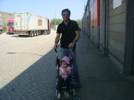 รอตเตอร์ดัม, เนเธอร์แลนด์: GOING OUT IN ROTTERDAM