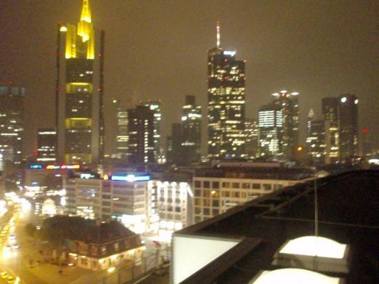 แฟรงก์เฟิร์ต, เยอรมนี: la city con la skyline