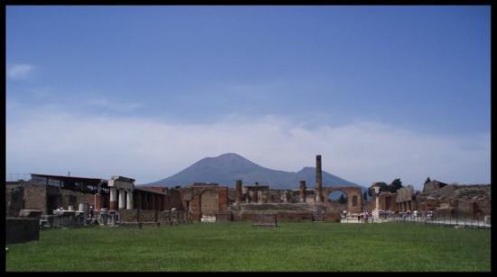 Scavi di Pompei: Vesuvius ja Pompeiji