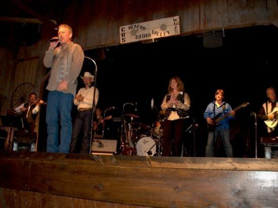 Renfro Valley, KY: Refro Valley Band Country Classics