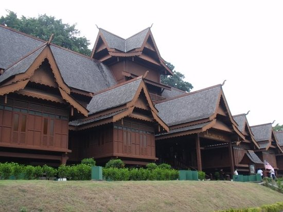 Nice Teak Wood Building Review Of Malacca Sultanate