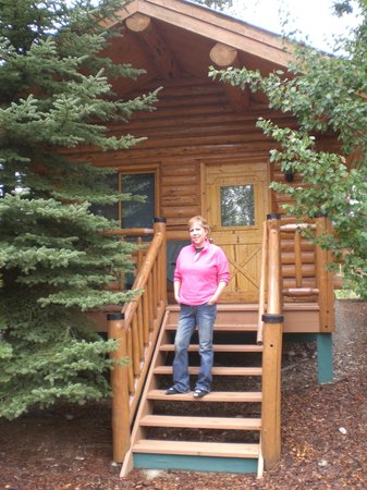 Silverwolf Log Chalet Resort: Cabin number 1