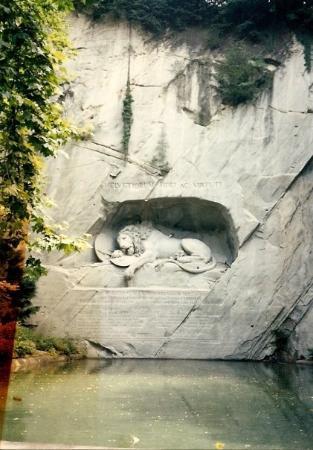 อนุสาวรีย์สิงห์โตลูเซิร์น ภาพถ่าย