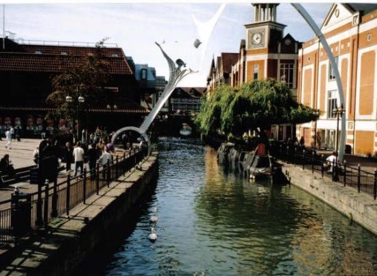 ลิงคอล์น, UK: Canal in Lincoln