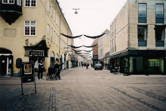 เฮลซิงเกอร์, เดนมาร์ก: Helsingoer - Elsinore, my town, decorated for Christmas.