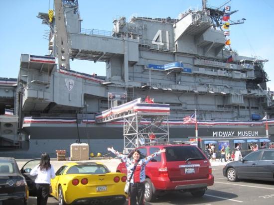 พิพิธภัณฑ์เรือหลวง มิดเวย์: USS Midway Aircraft Carrier on July 4th
