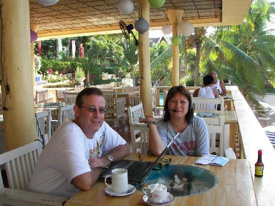 Bohol Divers Resort: lunch time