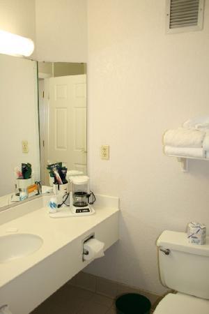 La Quinta Inn & Suites Redding: il bagno