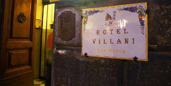 Hotel Villani: Door plate - your only streetside clue to the existence of the Villani upstairs
