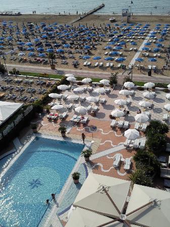 Park Hotel Brasilia: Piscina e Spiaggia Hotel