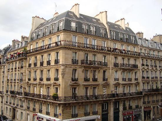 View From Our Room Photo De Hotel Pavillon Monceau Paris