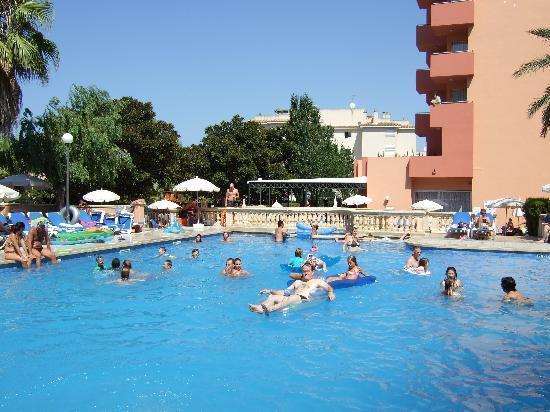 OLA Hotel Maioris: Main Pool