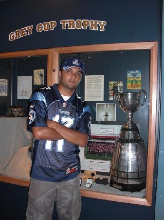 Canadian Football Hall of Fame & Museum: the cup