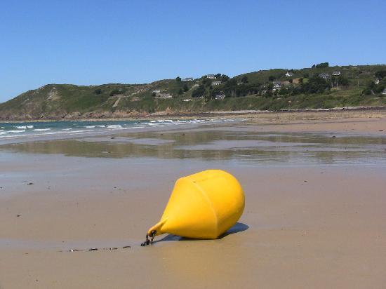 La Mare Chappey : A Nearby Beach
