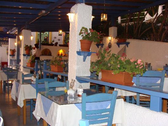 Massouri, Greece: Terrazza con vista su Telendos...