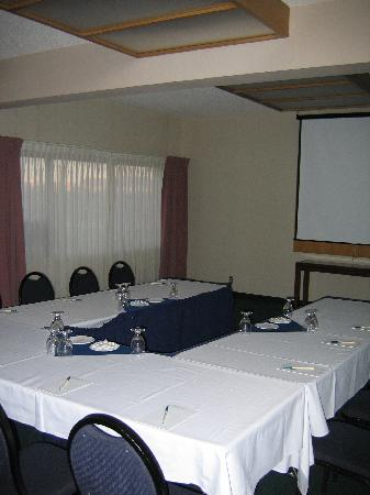 Medicine Hat Lodge Resort, Casino & Spa: Conference Facility