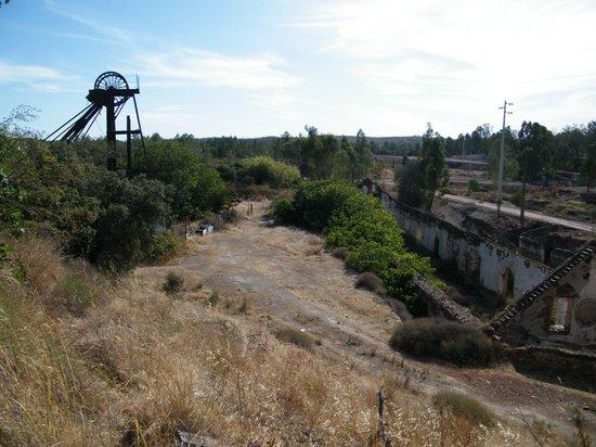 Minas de Sao Domingos, Portugal: Minas de São Domingos, la mine désaffectée