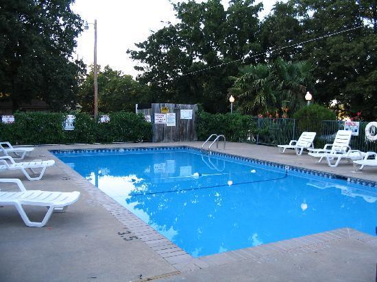 Soldier Creek Resort & Marina: The Pool