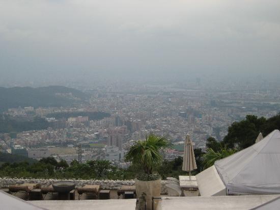 อุทยานแห่งชาติ หยางหมิงซาน: 台北を見下ろす風景