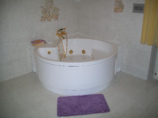 Country House Villacasabianca1573: JACUZZI!