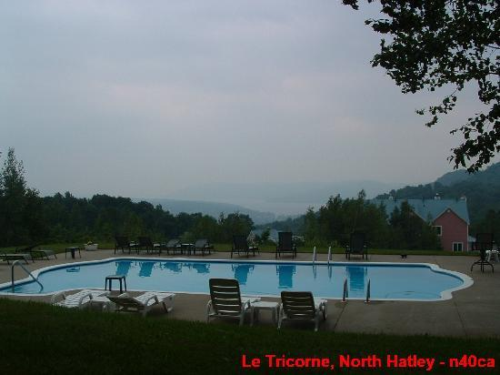 Manoir Le Tricorne: Pool, Le Tricorne