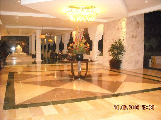Grand Riviera Princess All Suites Resort & Spa: HALL D'ENTRÉE