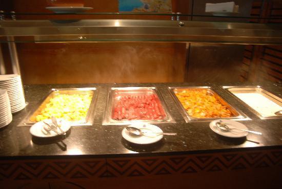 Zita Beach Resort: N'ayez pas faim
