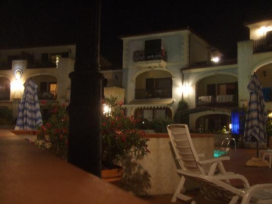 Residence Riva Azzurra: Residence la sera