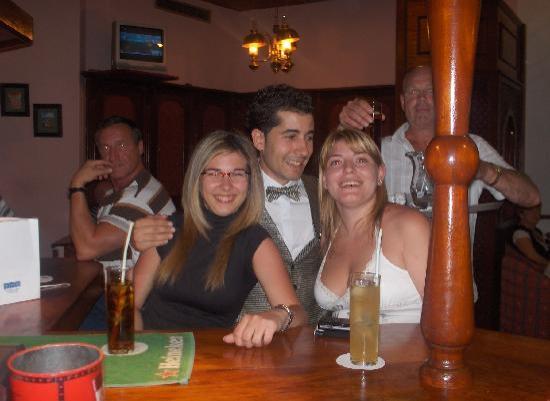 H10 Las Palmeras: en el bar del hotel la ultima noche