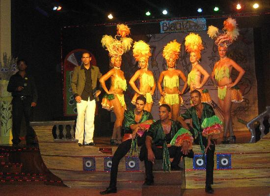 Blau Varadero Hotel: los bailarines, geniales tod@s