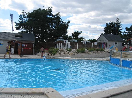 Siblu Villages - Domaine de Dugny: Pool