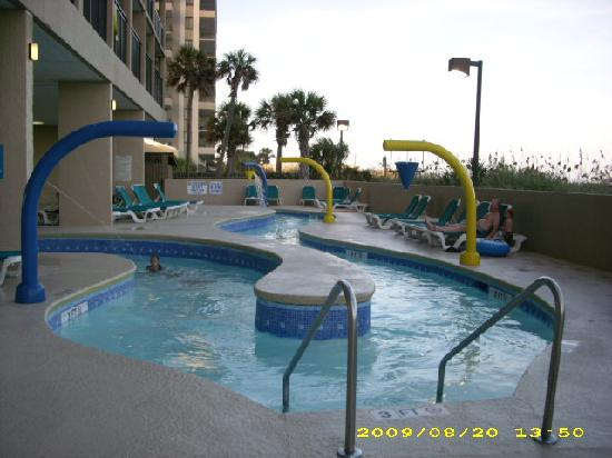 Beach Cove Resort: lazy river