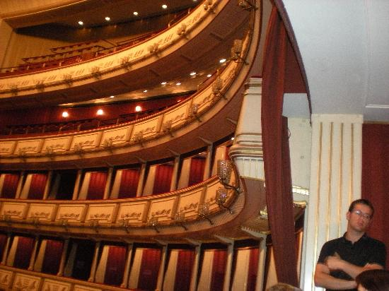 State Opera House: Great tour guide/sitting in the best box!