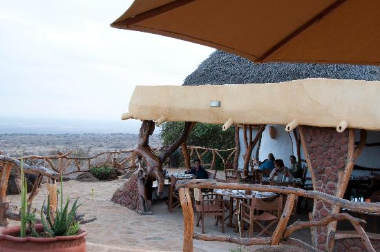 Satao Elerai: Breakfast with a view