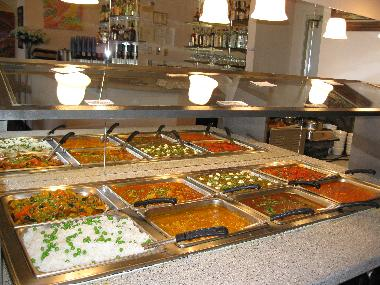 Lunch Buffet at the Delhi Palace, Cuisine of India
