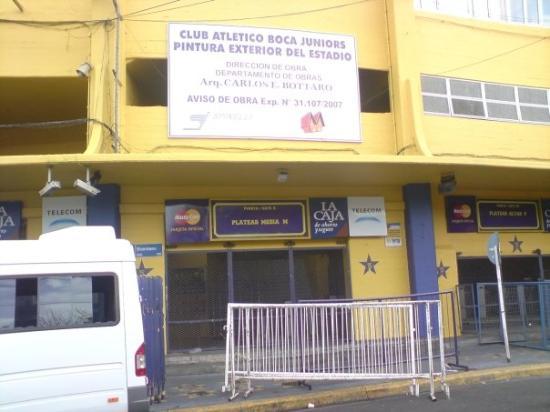 Estadio Alberto J. Armando (La Bombonera): La Boca Stadium entrance.