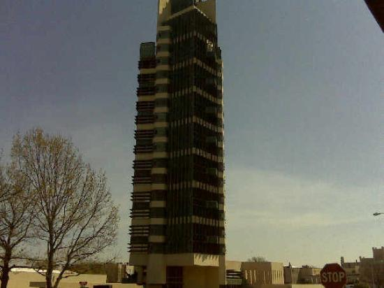 Bartlesville, OK: Price Tower designed by Frank Lloyd Wright