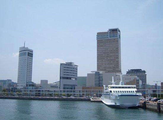"Takamatsu ""skyline"""