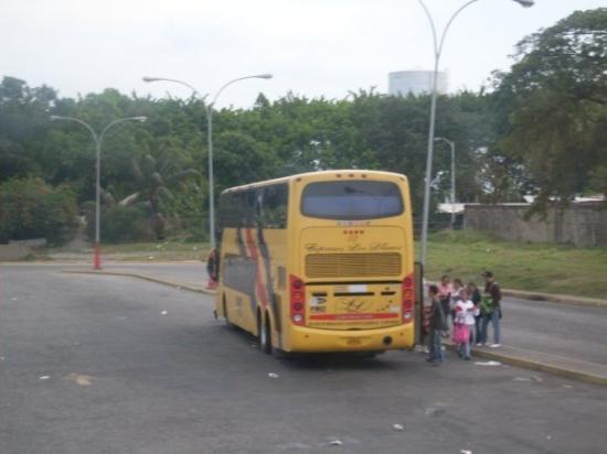 Villavicencio, โคลอมเบีย: Bus de dos pisos.