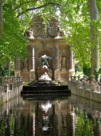 สวนลัคเซ็มเบิร์ก: Jardin du Luxembourg