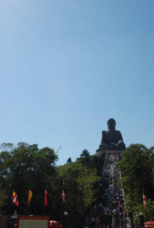 พระใหญ่: The famous Bronze Buddha