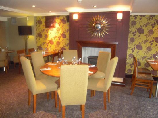 Premier Inn Chichester Hotel: restaurant