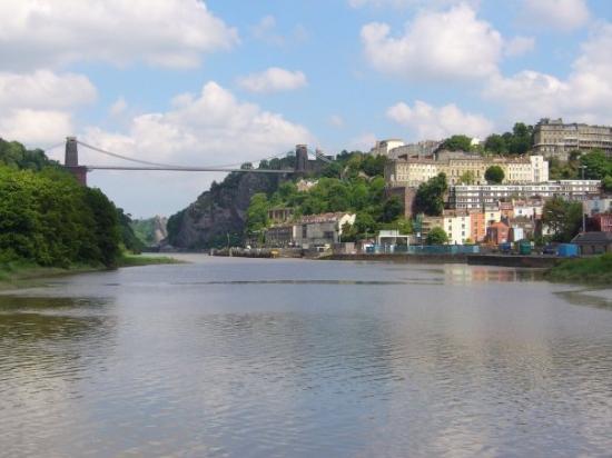 บริสตอล, UK: Our wonderful suspension bridge