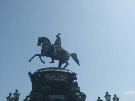 St. Petersburg, Russia: La statue de Nicolas 1er sur la Place Saint-Isaac